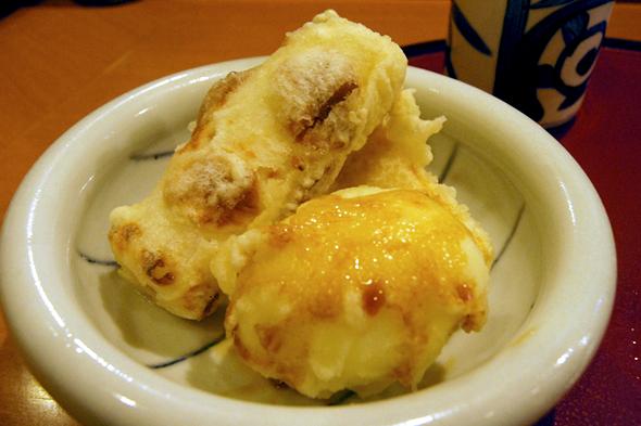 半熟玉子とちくわの天ぷら