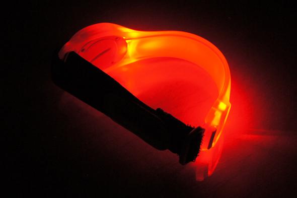 LEDセーフティバンドの赤