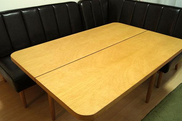 unicoのダイニングテーブルセット