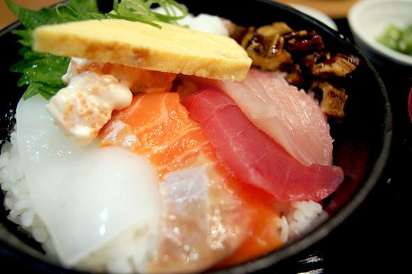 堂島とろ家の海鮮丼