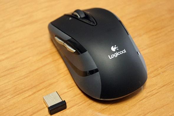 ワイヤレスマウスのレシーバー