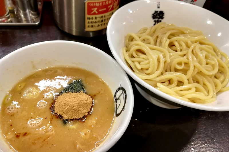 紋次郎のつけ麺