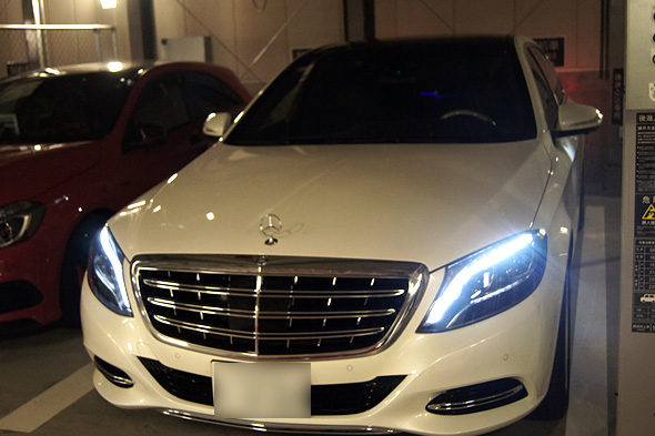 Mercedes-Maybach S 550 ダイヤモンドホワイト