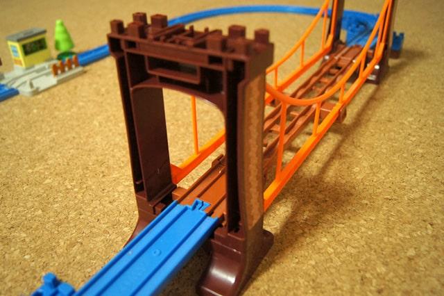 ぐらぐらつり橋