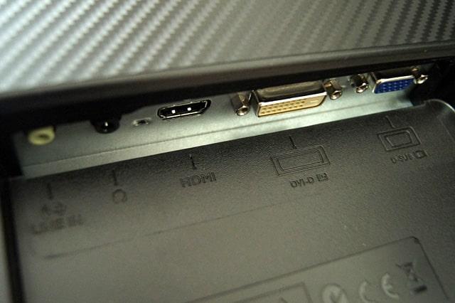 モニターのHDMI、DVI-D、D-Sub