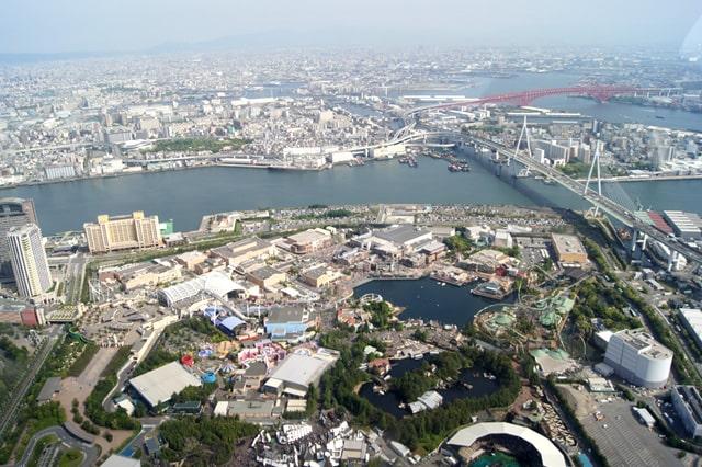 大阪をヘリコプターで遊覧飛行