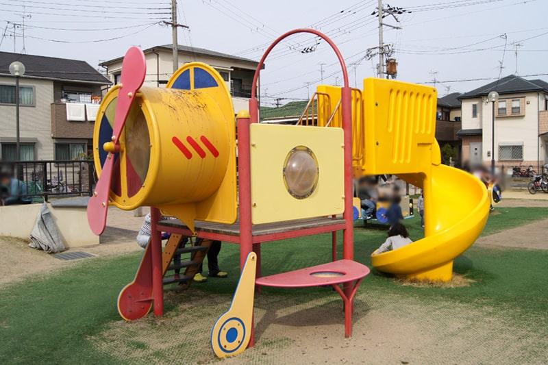 子ども向け遊具