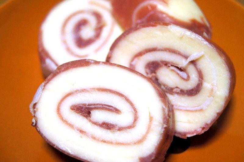 モッツァレラチーズのプロシュートハム巻き