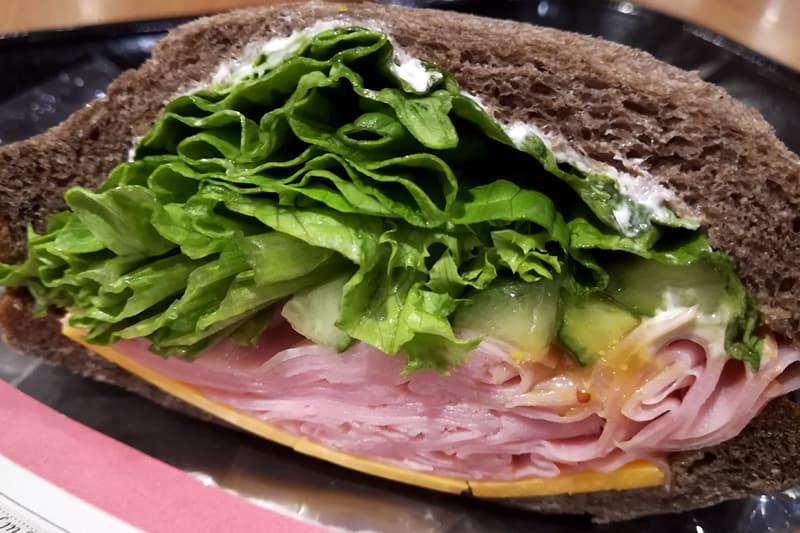 ハニーハム&チェダーチーズサンドイッチ