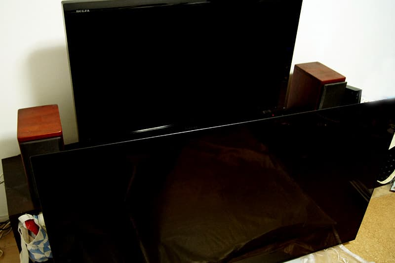 有機ELテレビと液晶テレビ