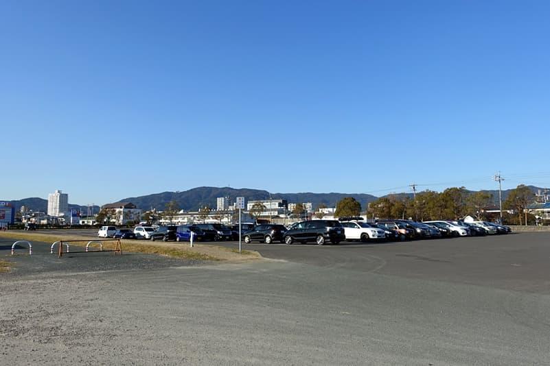 竹島園地駐車場