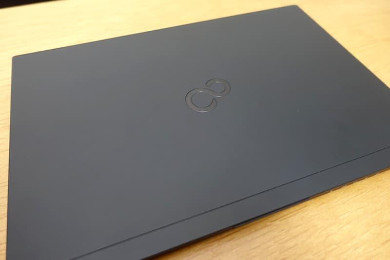 富士通のノートパソコン
