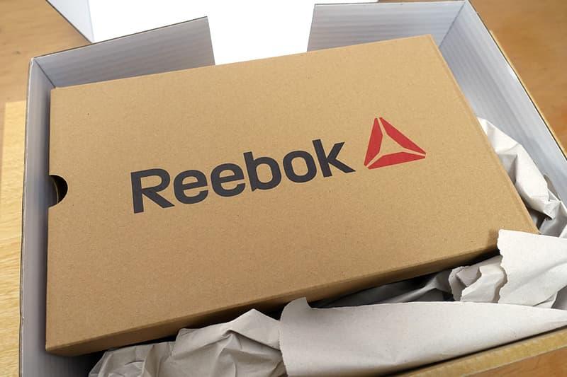 リーボックの箱