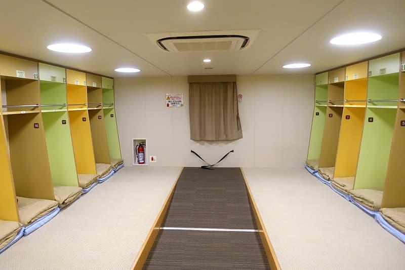エコノミー 2等室
