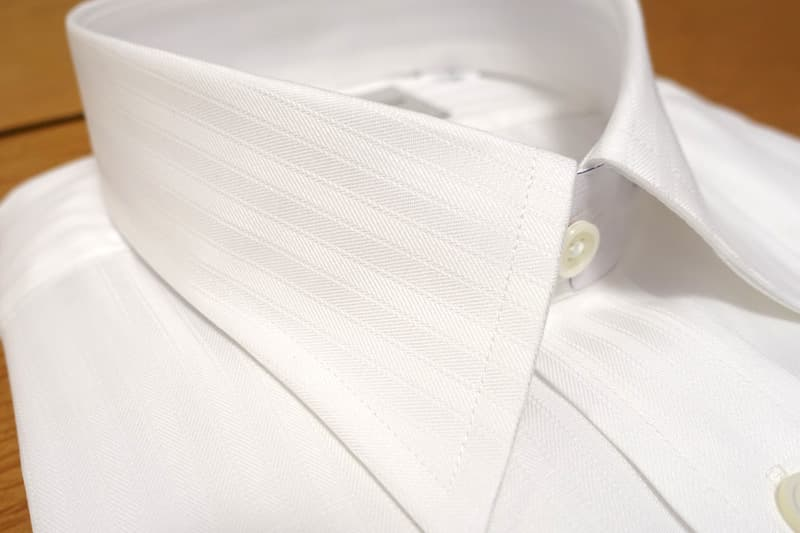 Harvie&Hudsonのワイシャツ