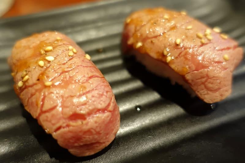 国産牛や和牛炙り寿司