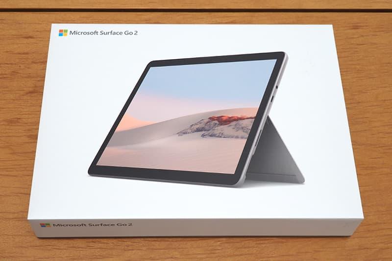 Surface Go 2のケース