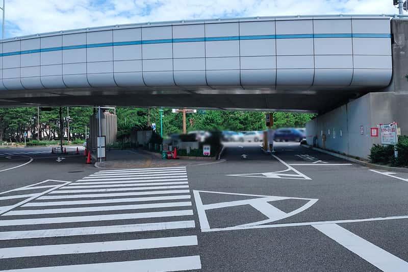 県立舞子公園駐車場