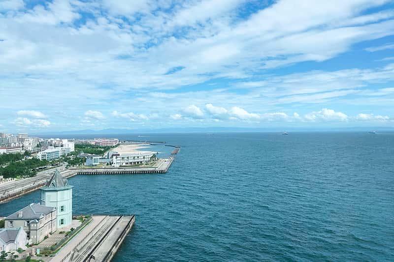 大阪 神戸方面の海の景色