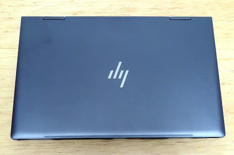 HP ENVY x360 15 AMDのカラー