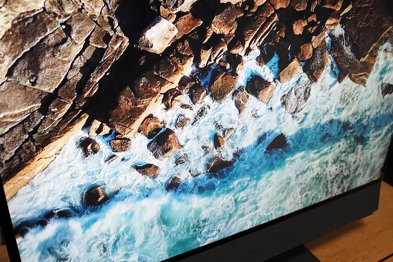 HP ENVY All-in-One 32の4K UHDディスプレイ