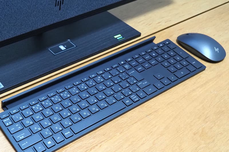 HP ENVY All-in-One 32のマウスとキーボード