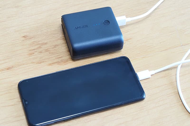 Anker PowerCore Fusion 5000のモバイルバッテリー