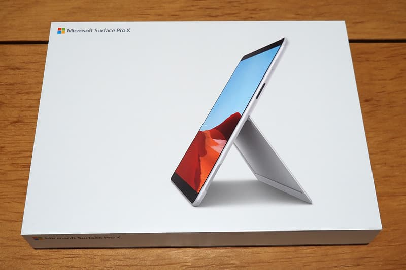 Surface Pro Xの箱