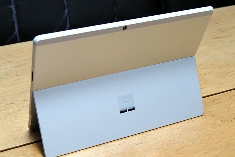 Surface Pro X プラチナ