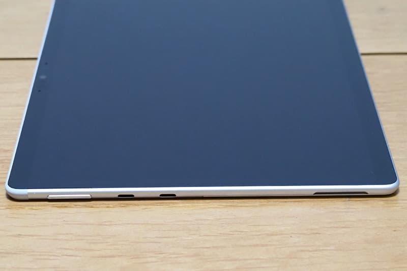 Surface Pro Xと端子