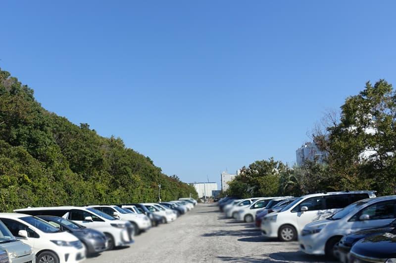 南港海釣り公園の駐車場