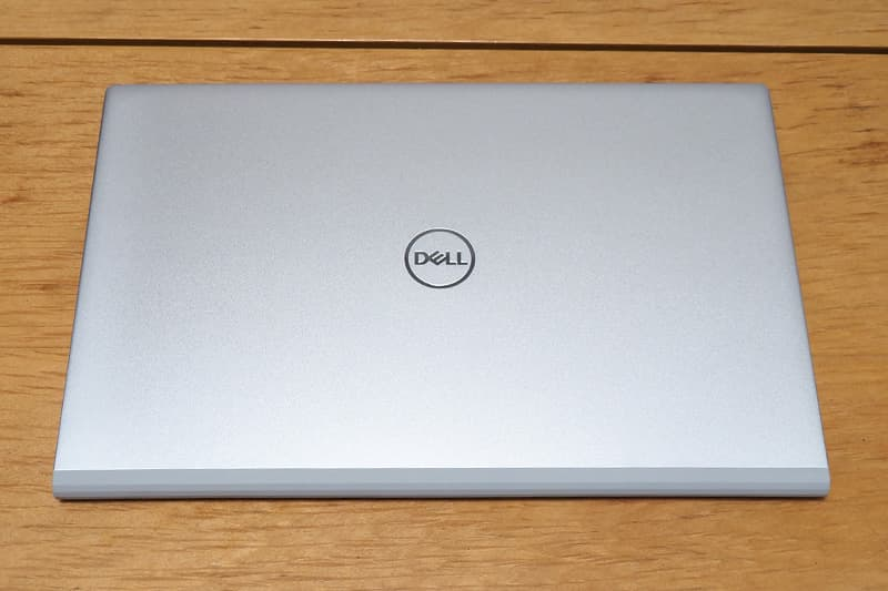Dell New Inspiron 15 5000(5502)デザイン