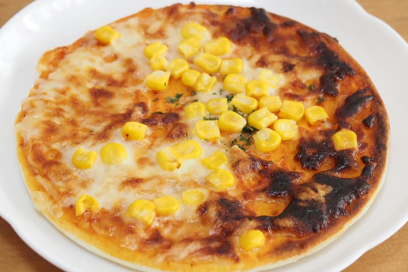 ゴーダとモッツァレラのチーズピザ