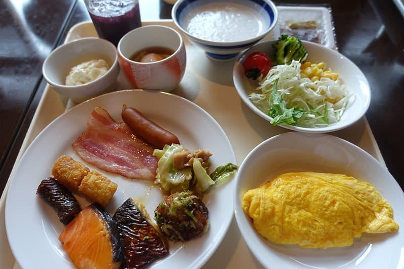 くさかべアルメリアの朝食バイキング
